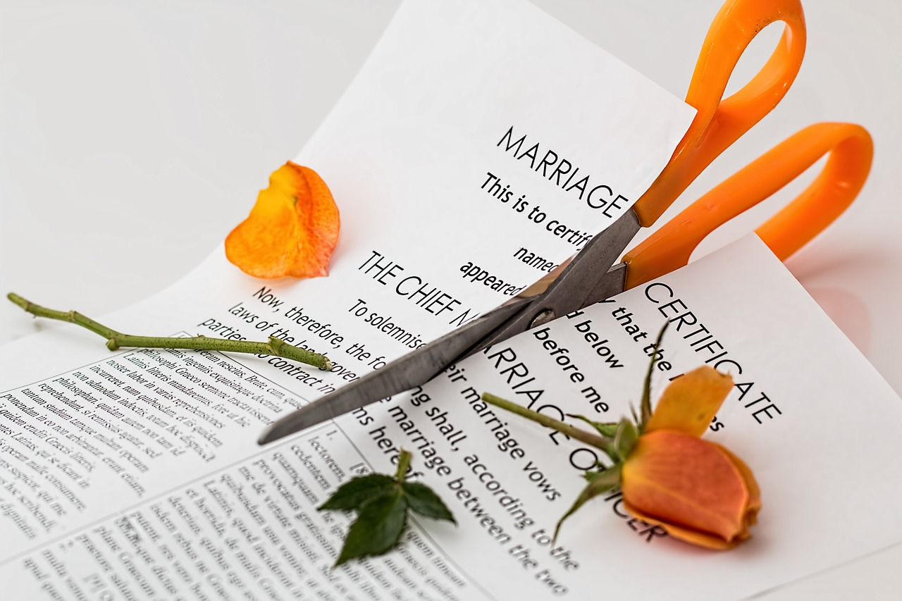 40% of marriages end in divorce