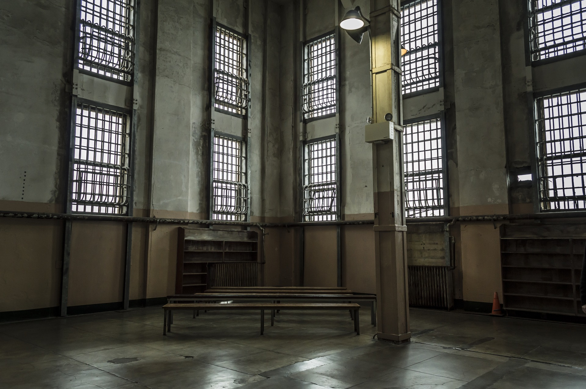 Jails vs prisons